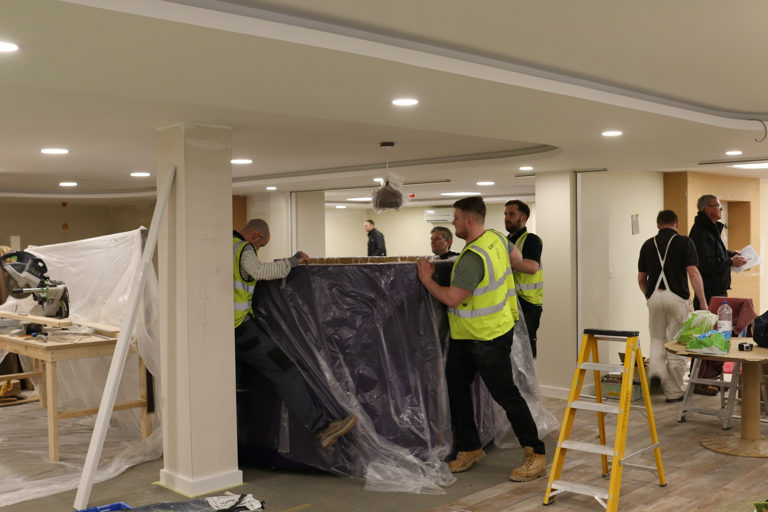 Commercial, warehouse, office, boardroom or break-out room fit out &refurbishment