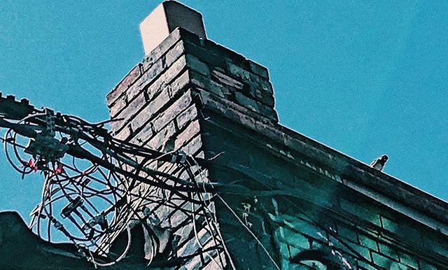 """Everything ugly is put into the sea""  #sky #wires #birds #bricks #toronto #urban #architecture #godzilla #godzillavshedorah #hedorah #monsters #kaiju #sea #ocean #vsco #torontophotography #blue"