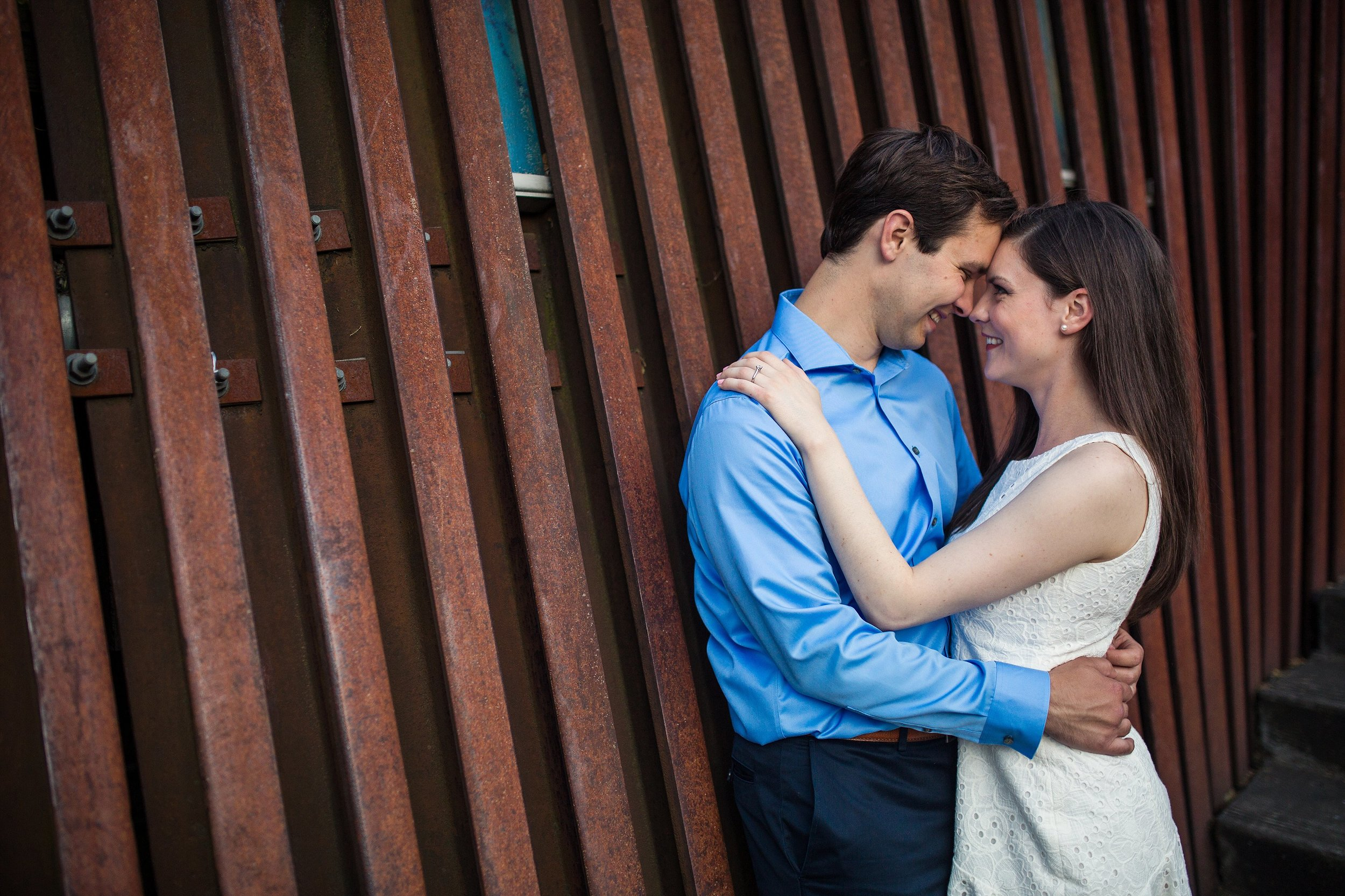 Pearl_District_Engagement_photographer_001.jpg