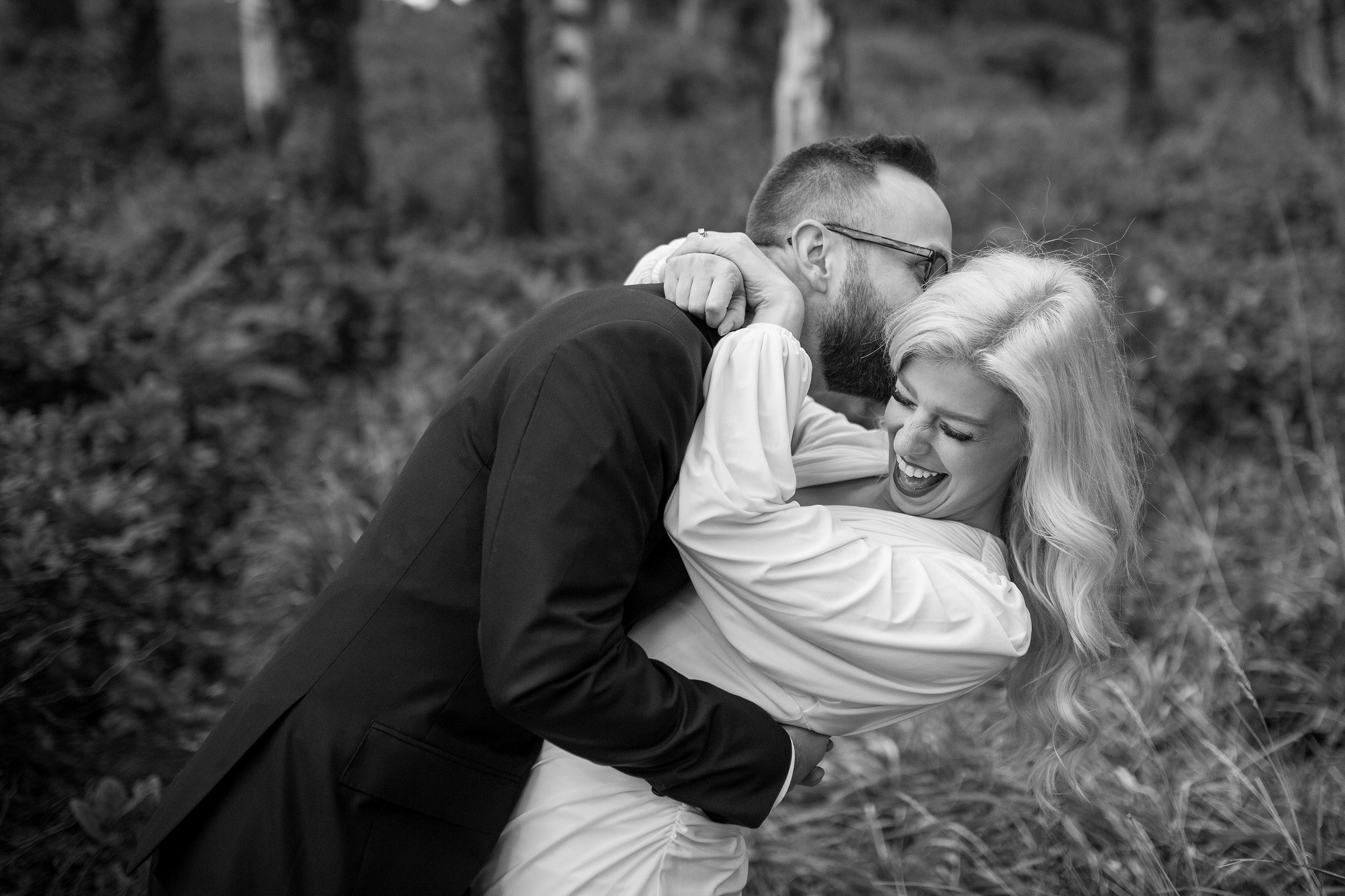 Candid wedding photographer Portland Oregon