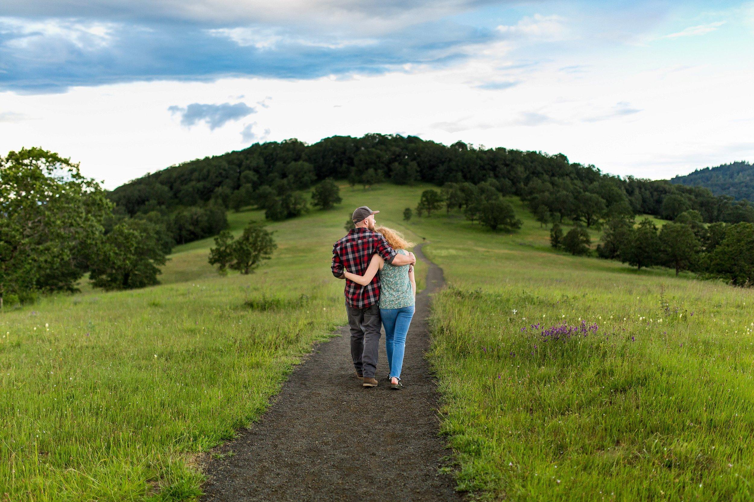 Engagement Photographer Oregon