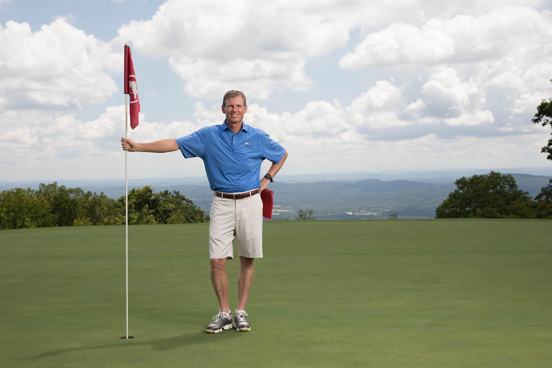 McLemore_Resort_LookoutMountain_Golf_Course_Golf_Bergin_MCL_Flag.jpg