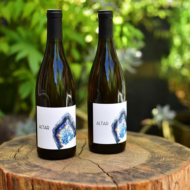 The finished product is finally here! Our 2016 ALTAR Sonoma Coast Chardonnay & 2016 ALTAR Platt Vineyard Chardonnay. Just in time for summer! Available at link in profile.