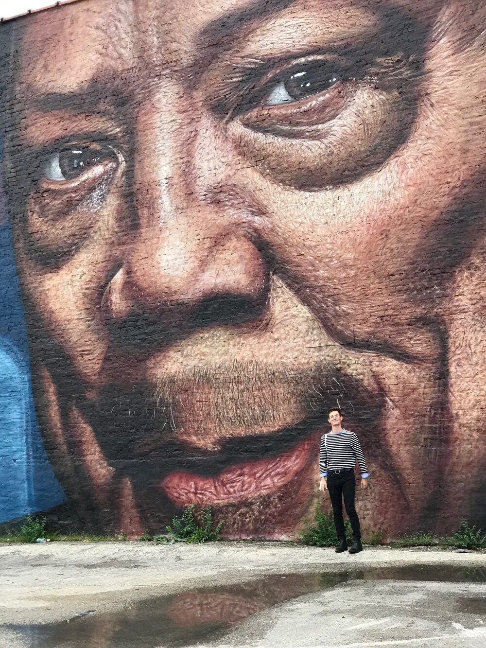 Mural photo-ops with Rob Tornillo; press photo.