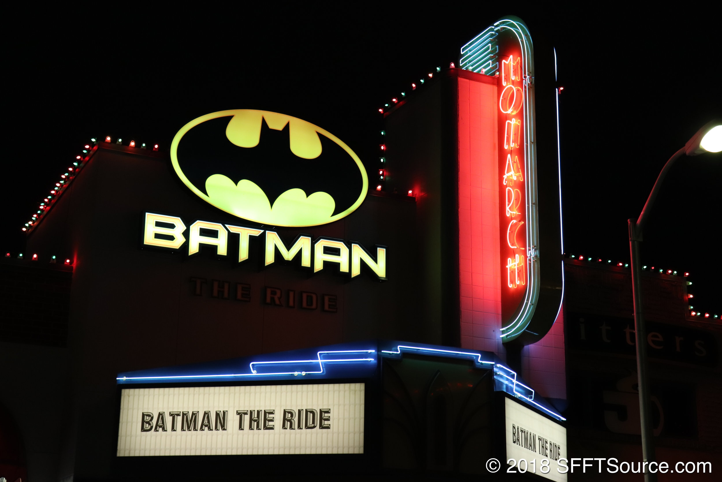 A look at the entrance of Batman: The Ride in the evening.