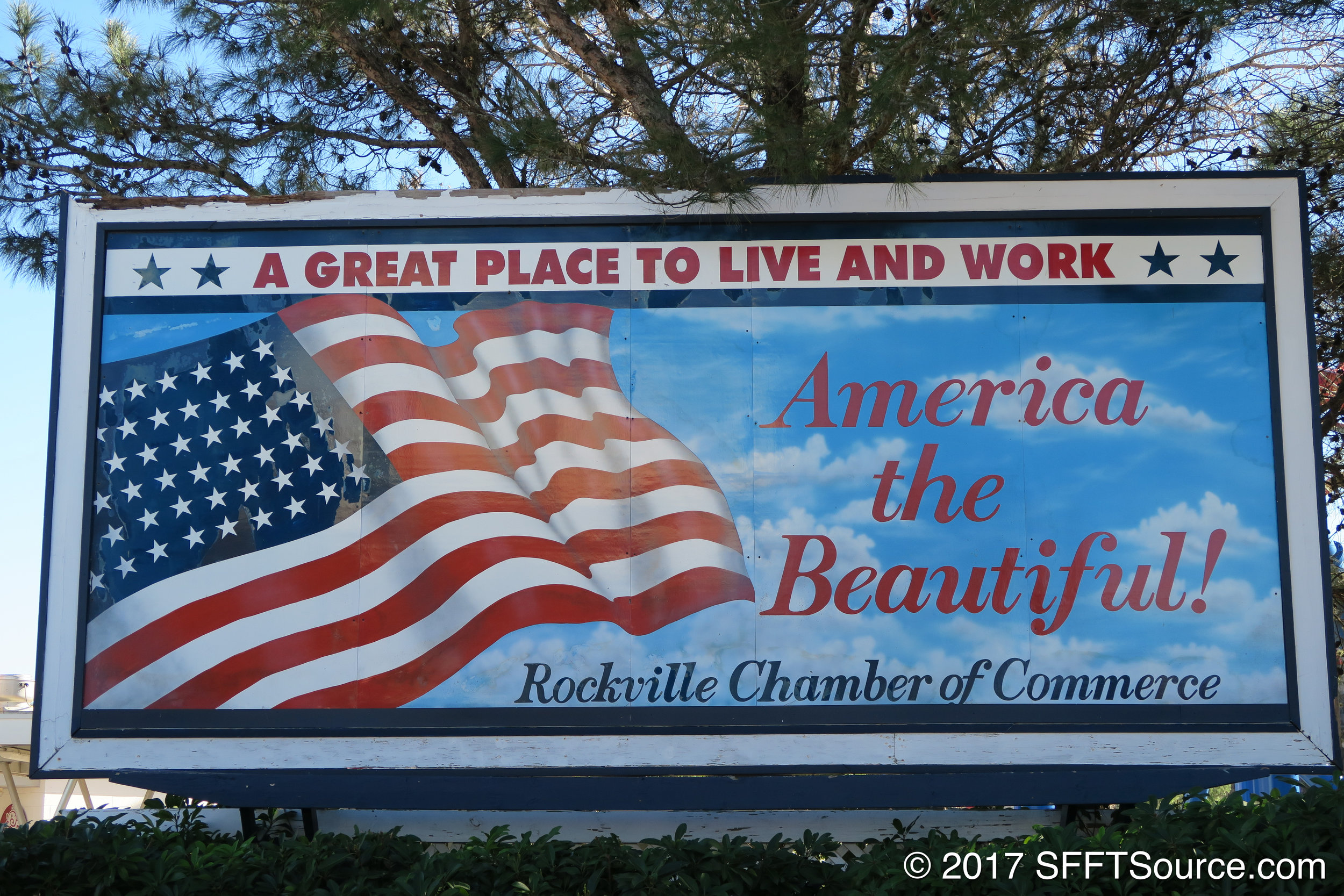 A welcome sign at Rockville's main entrance.