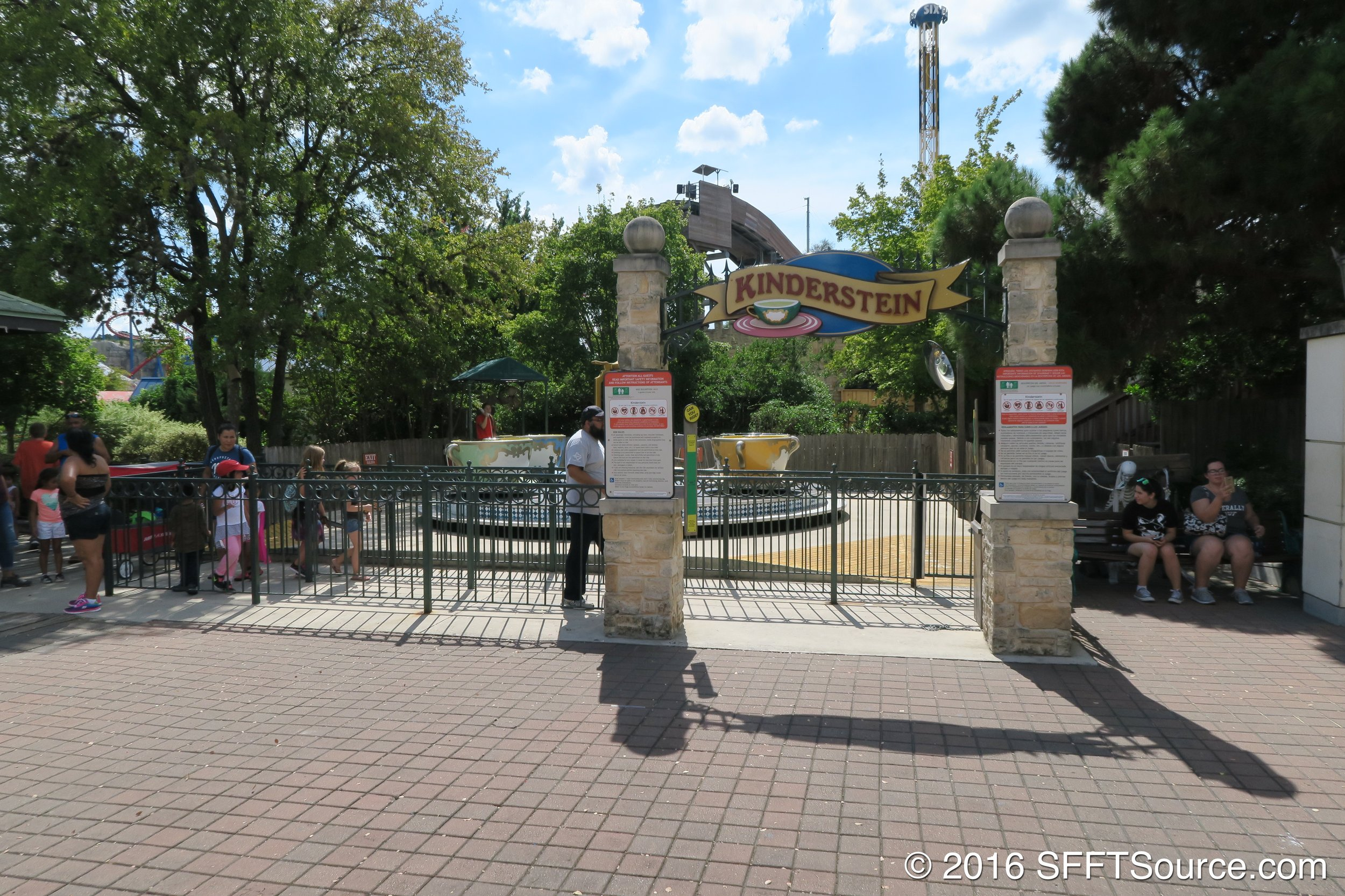 The entrance to Kinderstein.