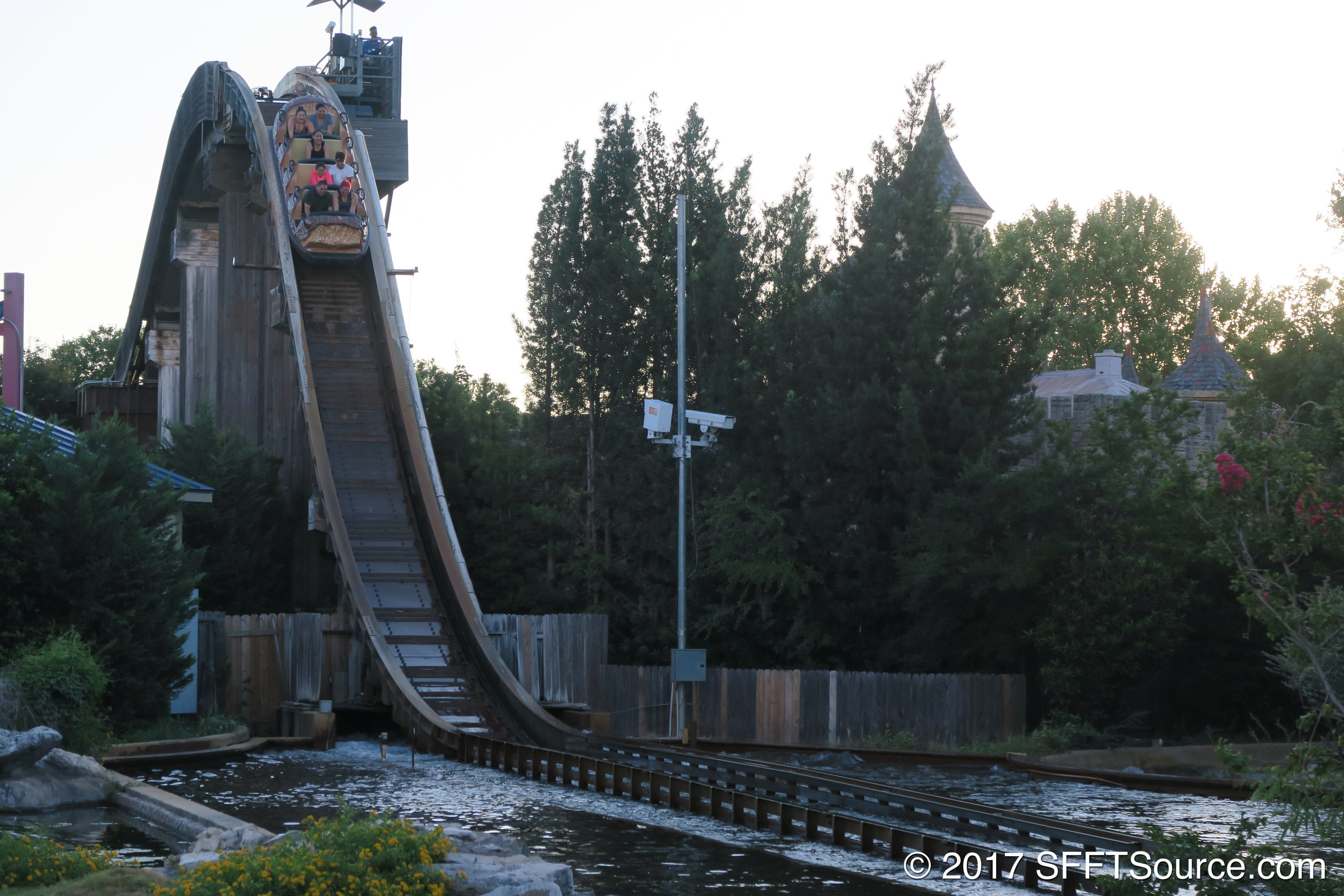 The final drop of Bugs' White Water Rapids.