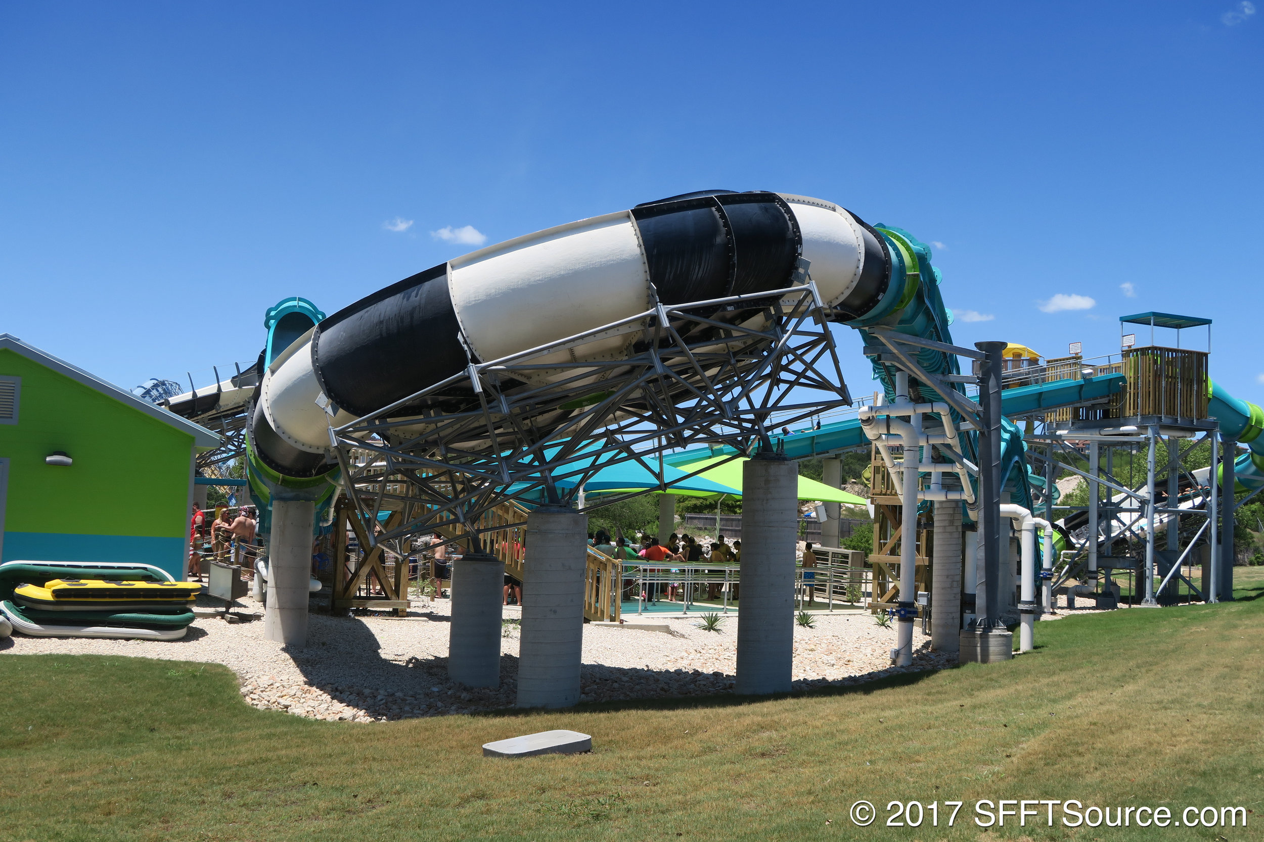 Thunder Rapids has a series of saucers.