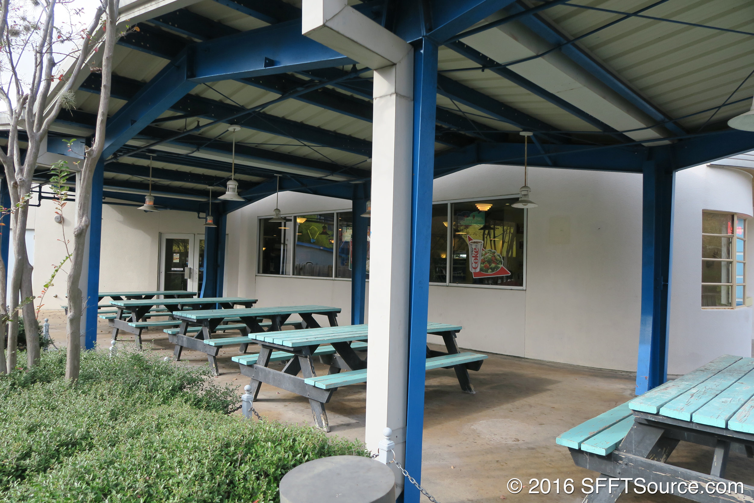 Covered outdoor seating is available.