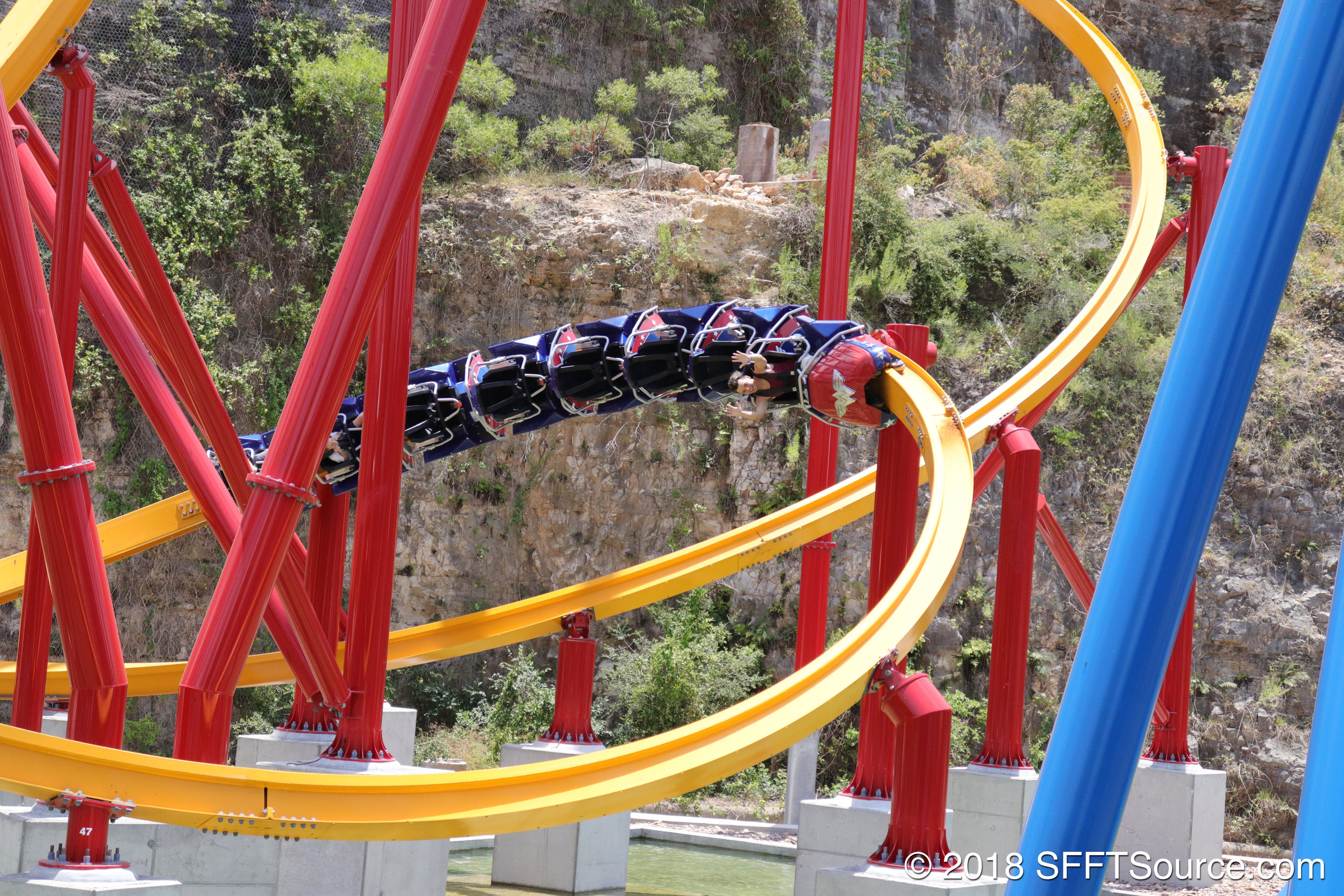 The ride also features many quick turns.