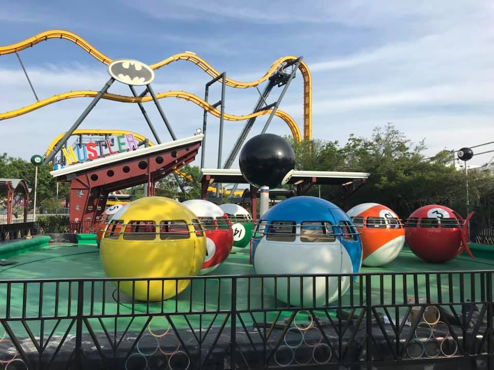 A look at the striking refresh of the ride vehicles and ride platform. The park will still likely repaint the outer fence and border of the ride platform. Credit: Fiesta Texas