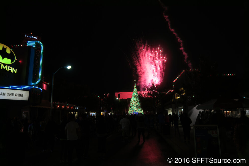 Fiesta Texas Christmas 2021 Holiday In The Park 2021 Six Flags Fiesta Texas Sfft Source