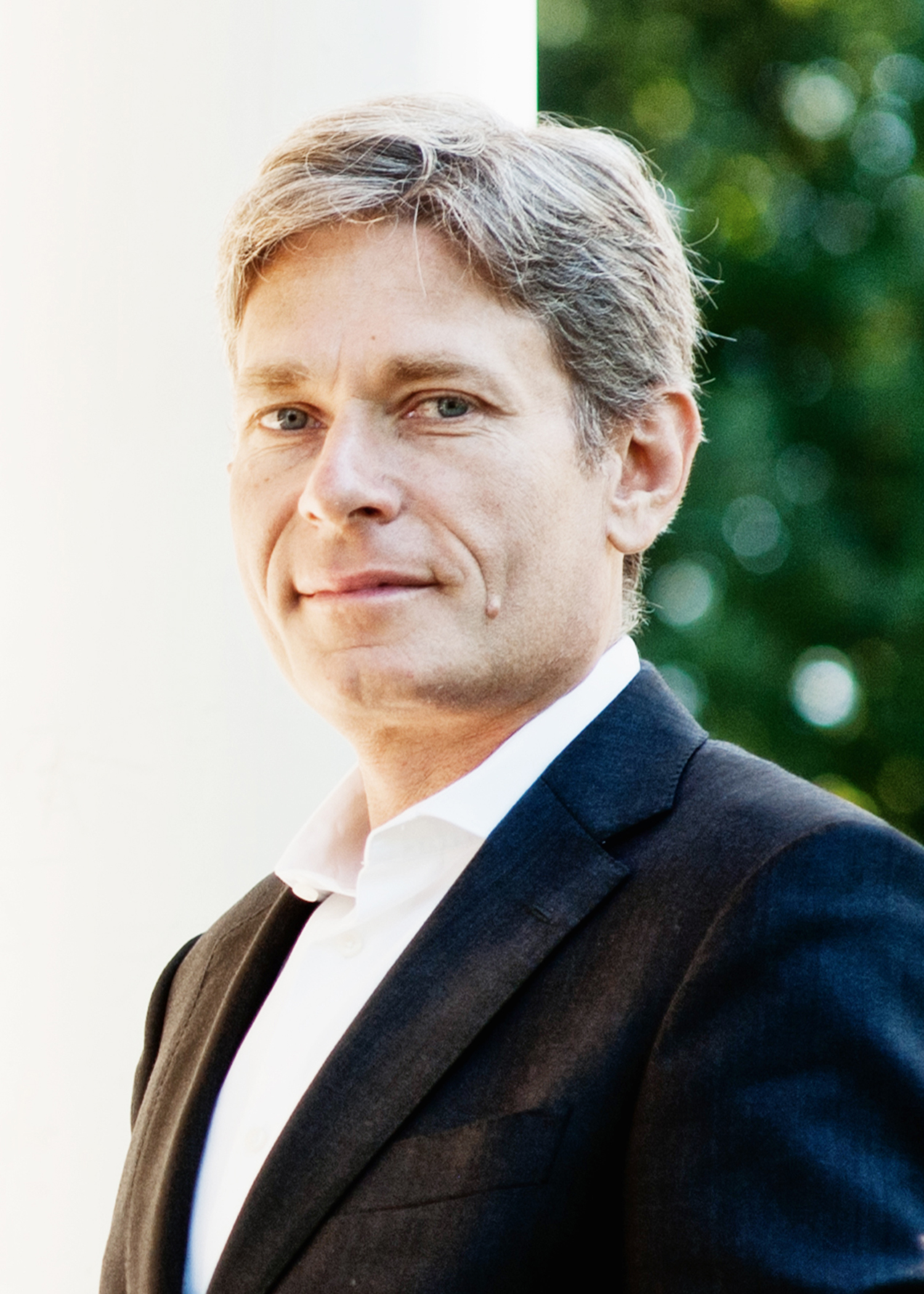 Tom Malinowski Portrait Headshot