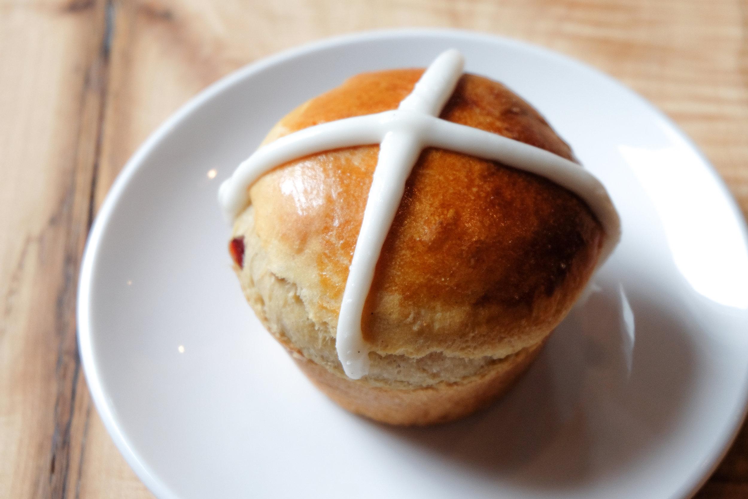 hot cross bun.jpg