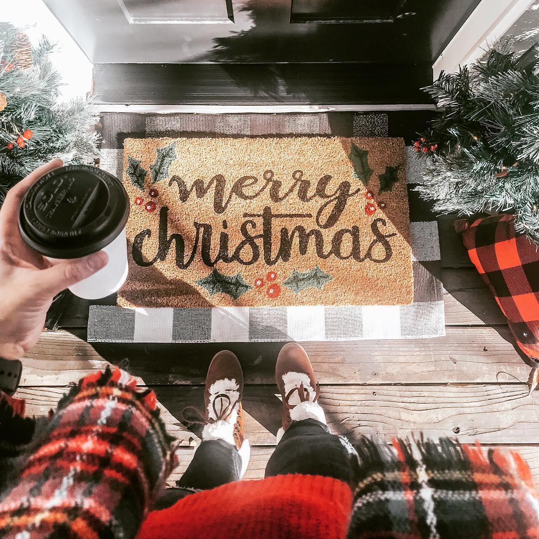 Kirkland's - Holiday Doormat