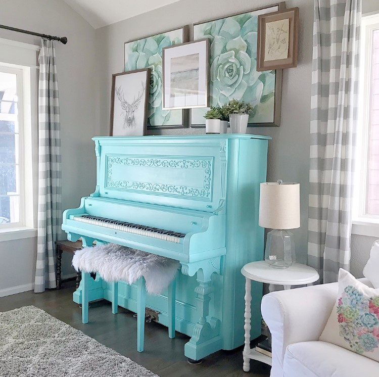 @the.painted.piano