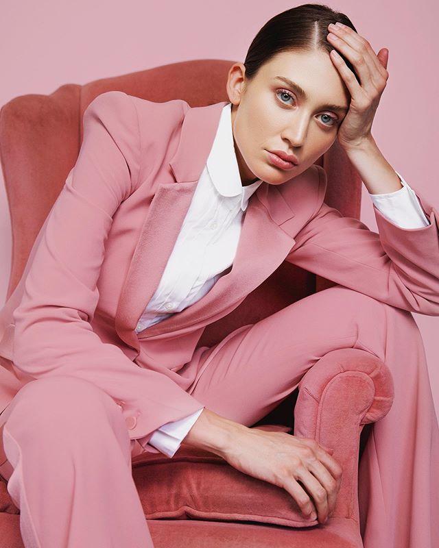 Pretty in Pink 💕🌸 @carlyhadaway for @saltmodel  Photo: @ktparkerphoto // muah: @chandlerwest . . . . #prettyinpink #pinkonpink #powersuit #girlboss #atlphotographer #atlantaphotographer #atlantaphotoshoot #modeltest #modeltests #patricktabeauty #glossier #glossierboybrow #bestofatlanta #sleek #bwp065 #mondaymood
