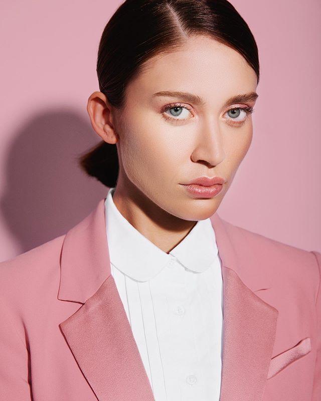 Suit up.  @carlyhadaway // photo: @ktparkerphoto  Muah: @chandlerwest // Agency: @saltmodel . . . . #bwp065 #prettyinpink #pinkonpink #girlboss #suitup #suitstyle #dressup #glossierboybrow #colorportrait #atlantaphotographer #atlphotographer #atlphotoshoot #modeltest #modeltests #modeltestshoots #pink #pinkaesthetic