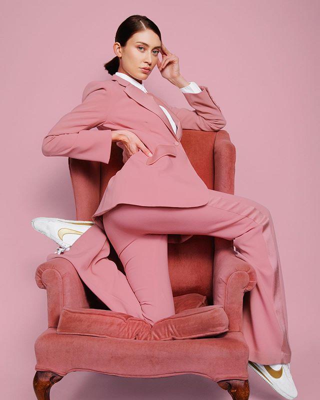 Forever wishing I was as colorful as my work 😂 @carlyhadaway // photo: @ktparkerphoto  Muah: @chandlerwest // Agency: @saltmodel . . . . #bwp066 #prettyinpink #pinkaesthetic #suitstyle #societyfeelings #atlphotoshoot #atlphotographer #modeltestshoots #modeltests #modeltest #powersuit #pinkonpink #girly #girlsgeneration