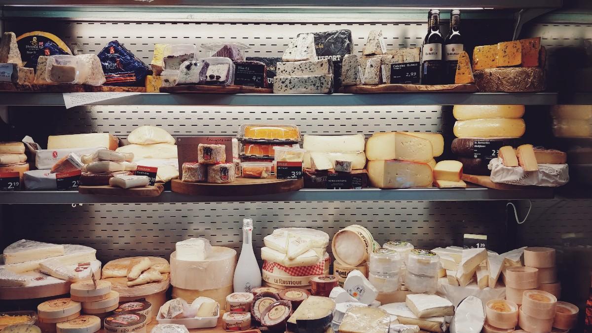 Hmmm yum cheeses hmmm