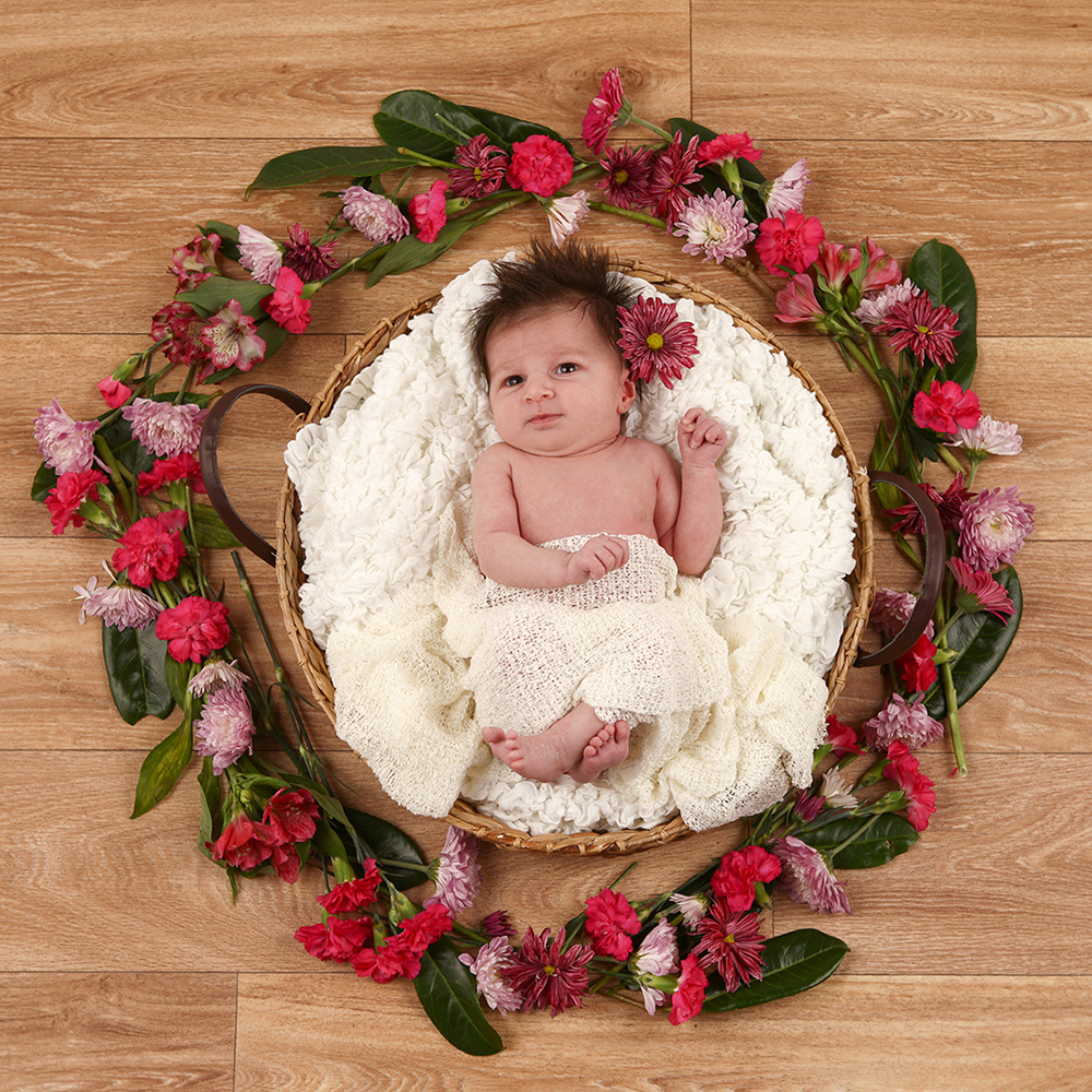 Newborn eva.jpg