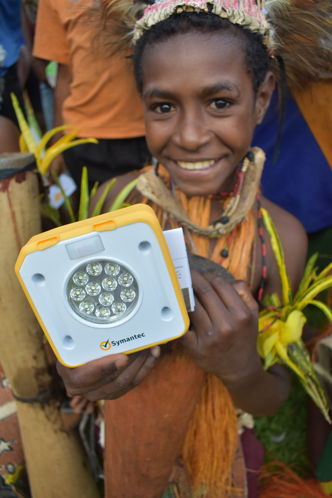 The students at Kebra Primary School in PNG wore traditional attire to share their traditions with KTF and SolarBuddy when they distributed the lights. How amazing are they!