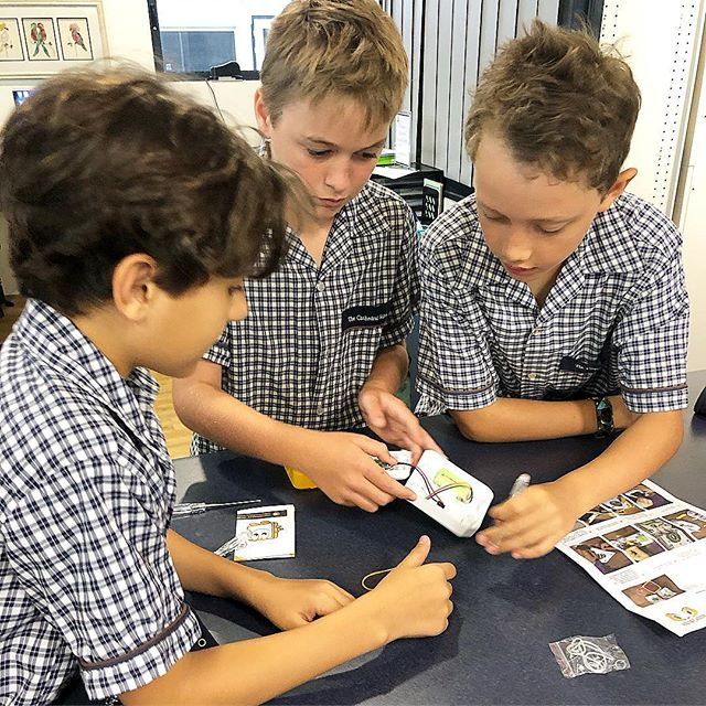 We've had an awesome day with students from @tcs_townsville kick starting their SolarBuddy humanitarian project. Students from kindy (yes kindy!) to year 6 have been empowered to make a difference in their community and beyond. Bring on day two! 😀🌍 #solarbuddy #illuminatingfutures #education #globalcitizens