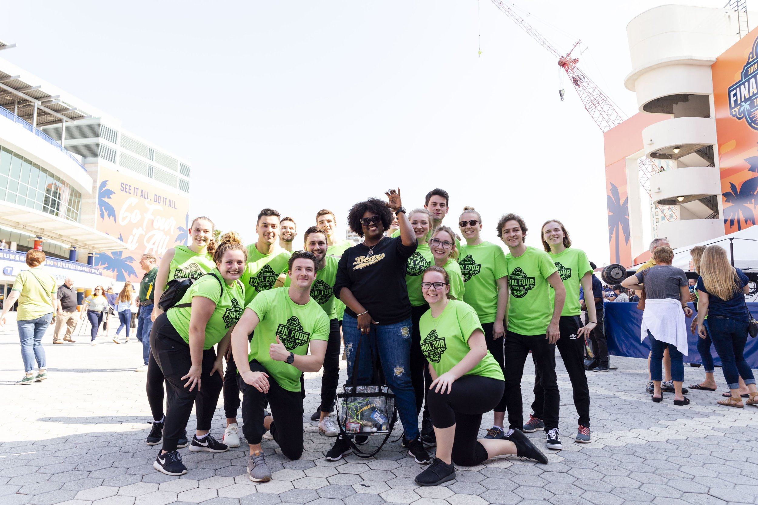 The 2019 Women's Final Four 'Sustainability Squad' volunteers in Tampa Bay recognized fans who exhibited sustainable behaviors like refilling water bottles and sorting their waste properly with waste preventing rewards. (Photo: Tampa Bay Local Organizing Committee)