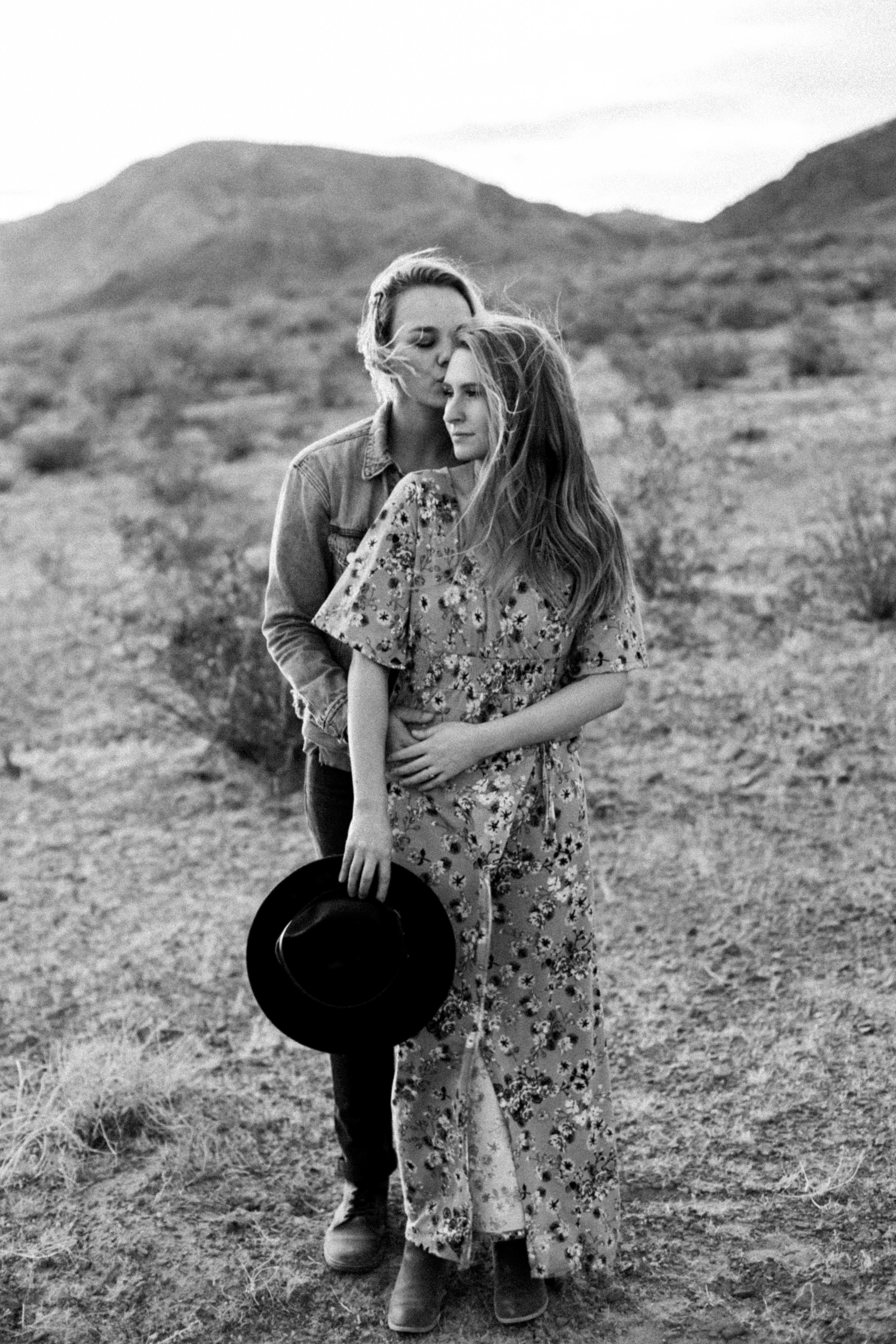 Brenna + Taylor | Ashlyn Savannah Photo | Las Vegas Photographer-214.jpg