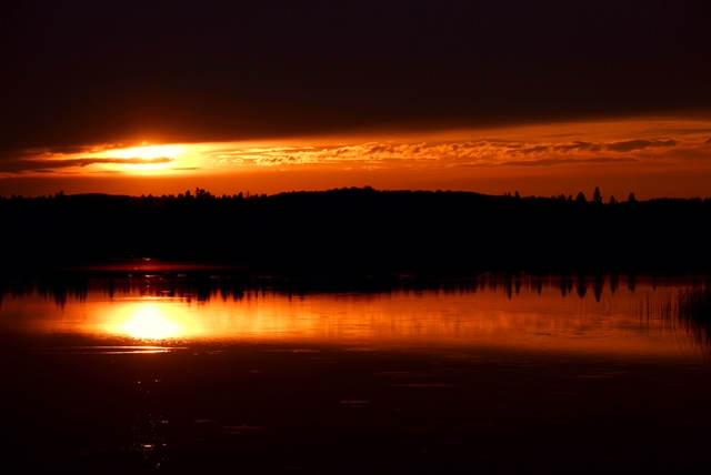 Deep Lake Sunset Close Up