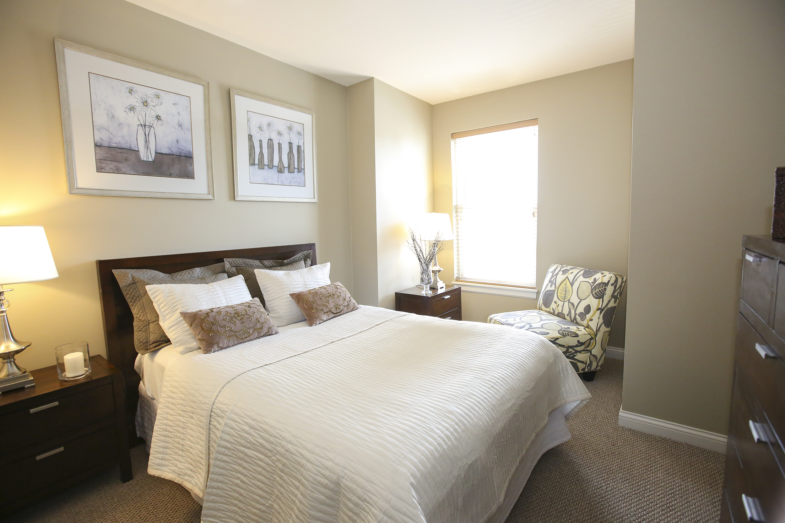 Nine foot ceiling spacious bedroom with walk-in closets
