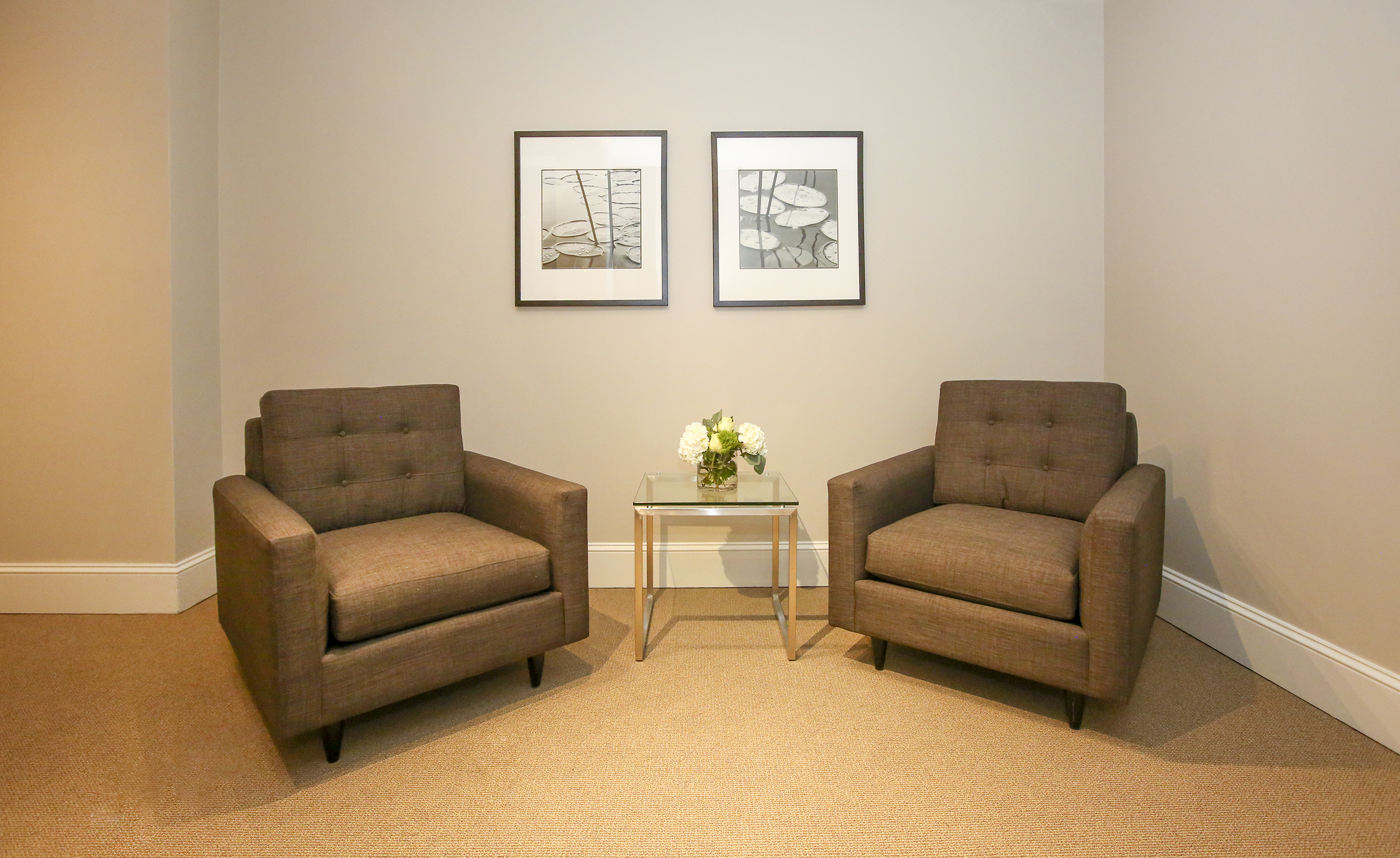 Waiting area outside of business center
