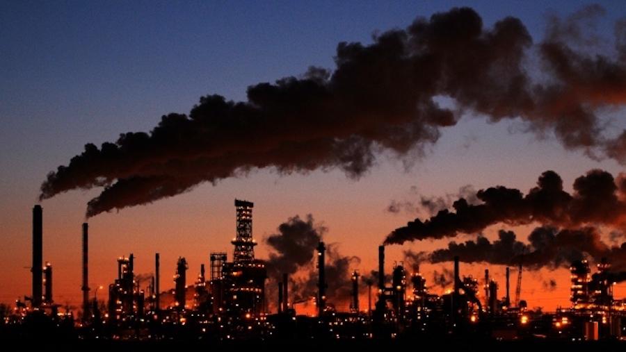 refinery-emissions.jpg