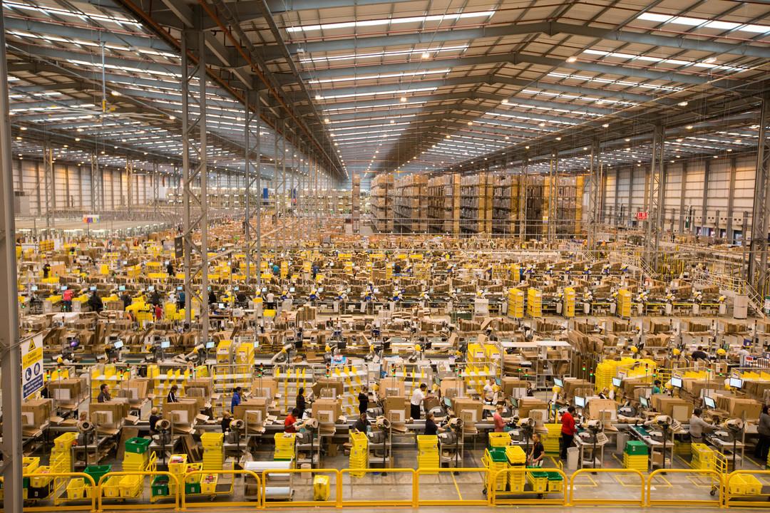 Amazon_warehouse.jpg
