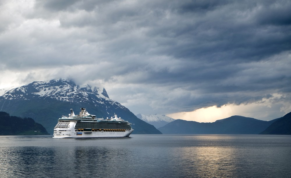A Royal Caribbean ship sails up the Nordfjord. The Stand.earth study did not include Royal Caribbean ships. Photo:  Steinar Engeland ,  Unsplash .