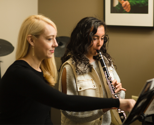 Clarinet-lessons-at-the-lewis center music academy.jpg