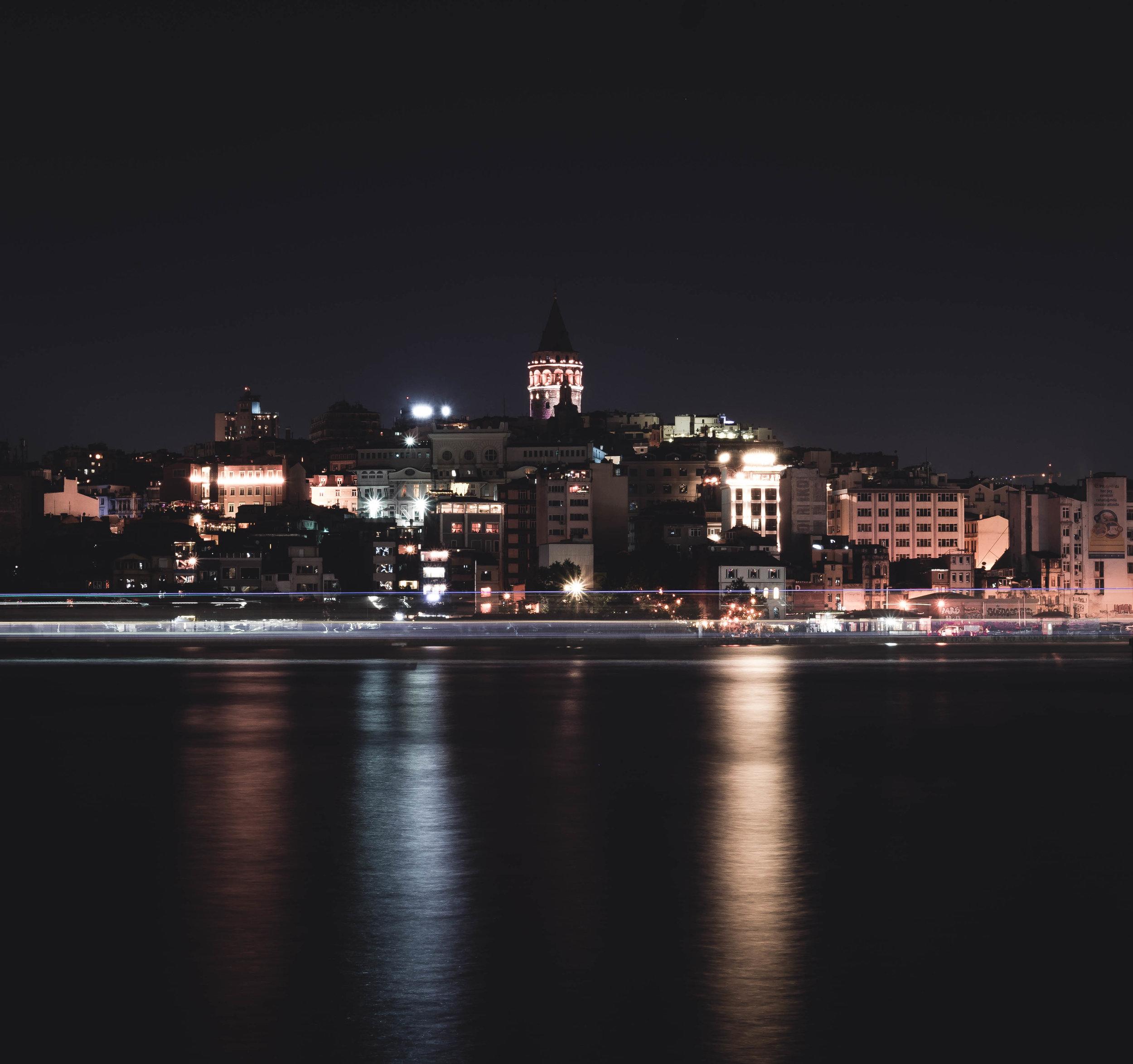 Galata at Night.jpg