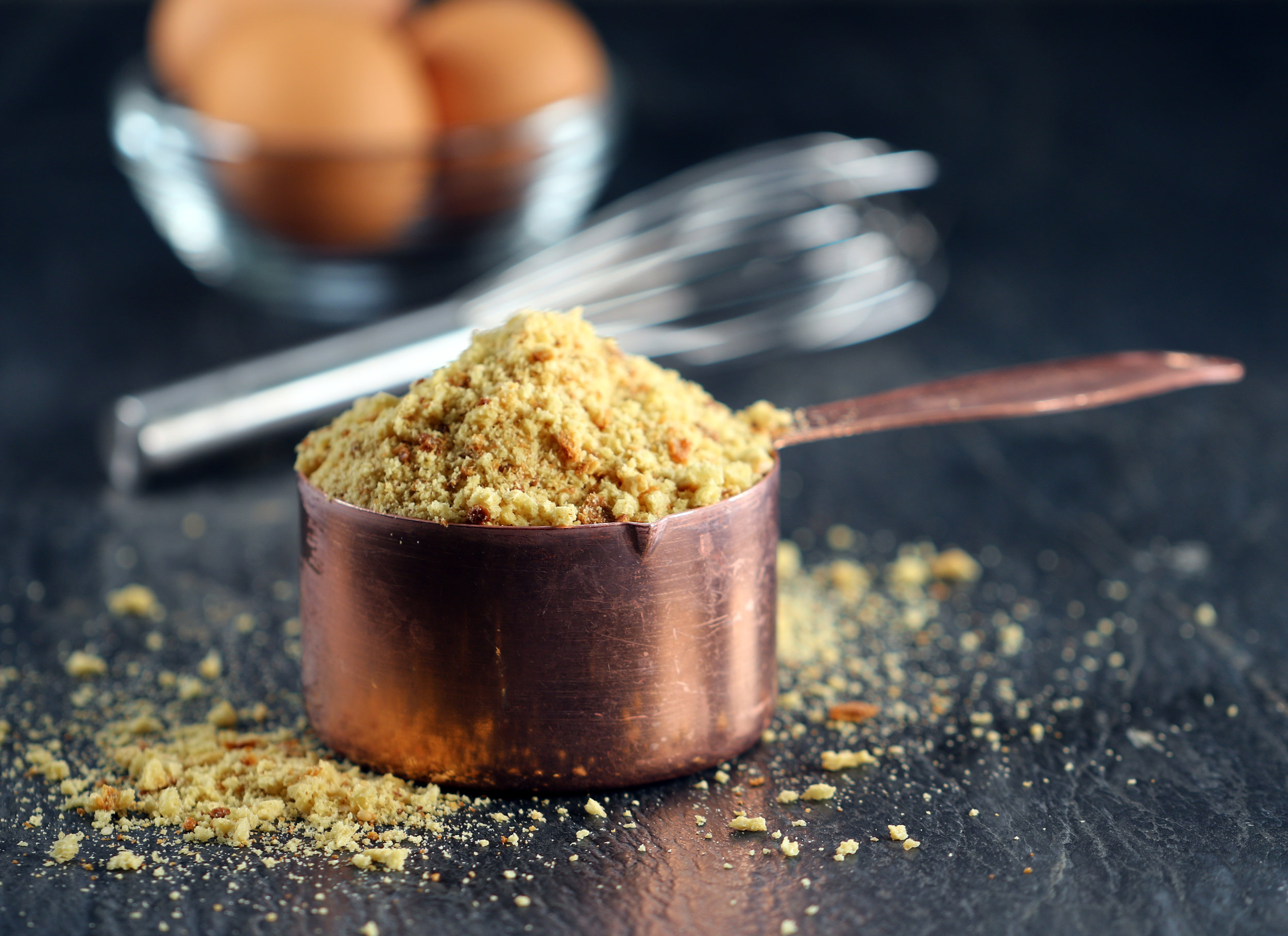 LOW-CARB BREADCRUMBS