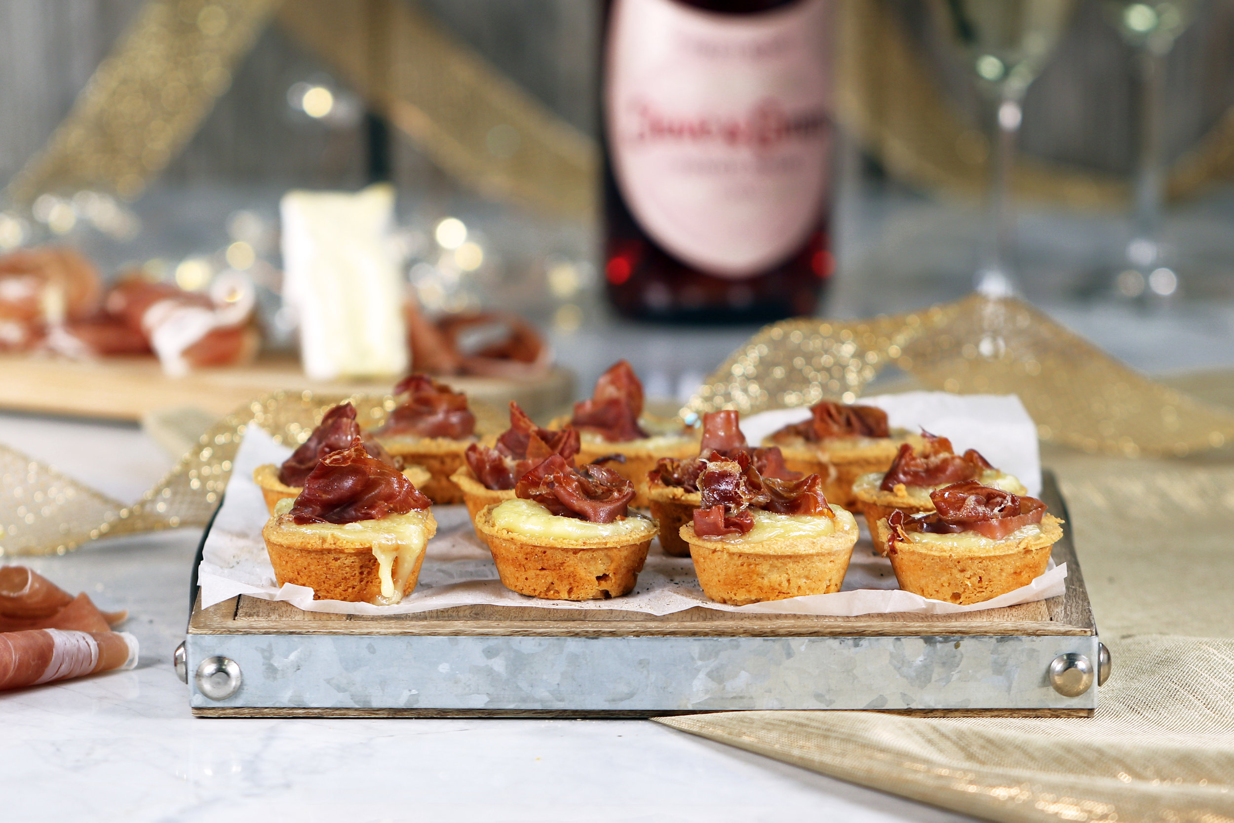 BEST LOW CARB KETO BRIE AND PROSCUITTO TARTLETS RECIPE.jpg