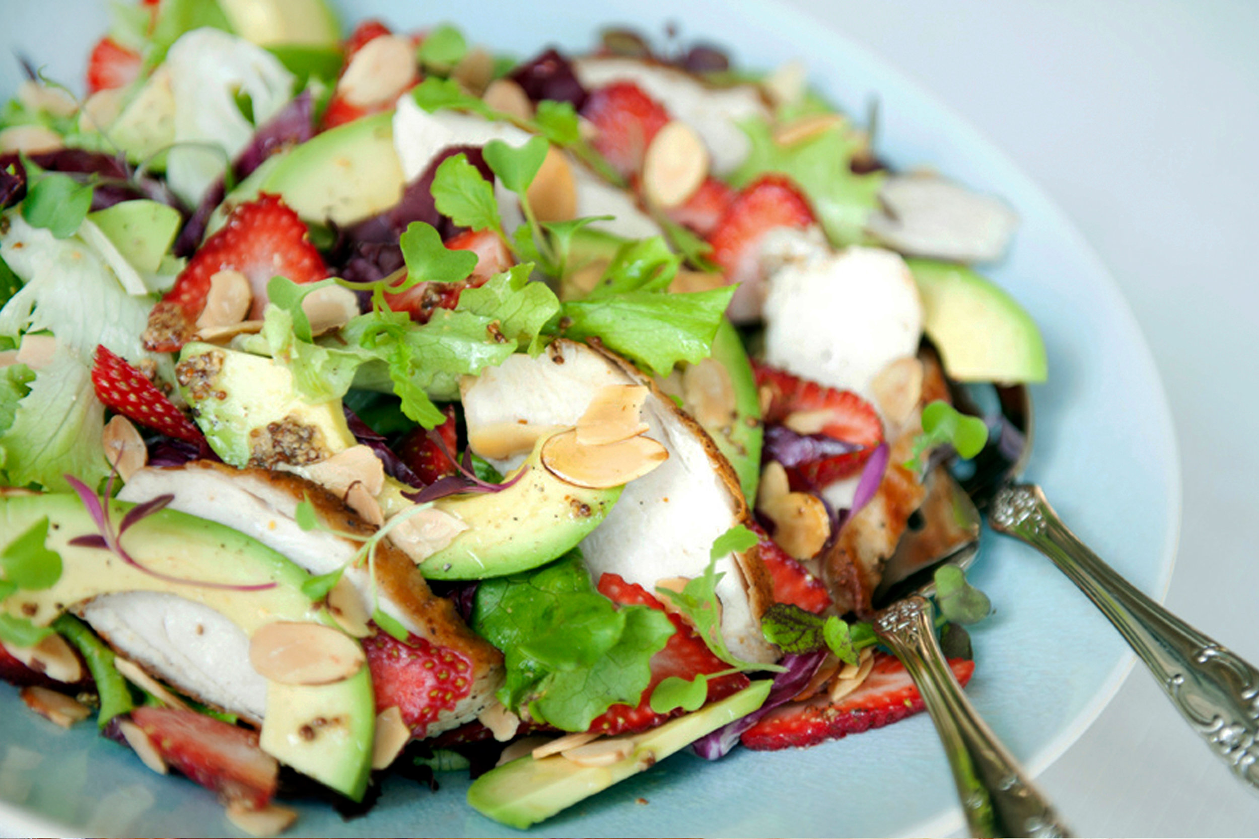 LOW CARB KETO CHICKEN AVOCADO AND STRAWBERRY SALAD RECIPE.jpg