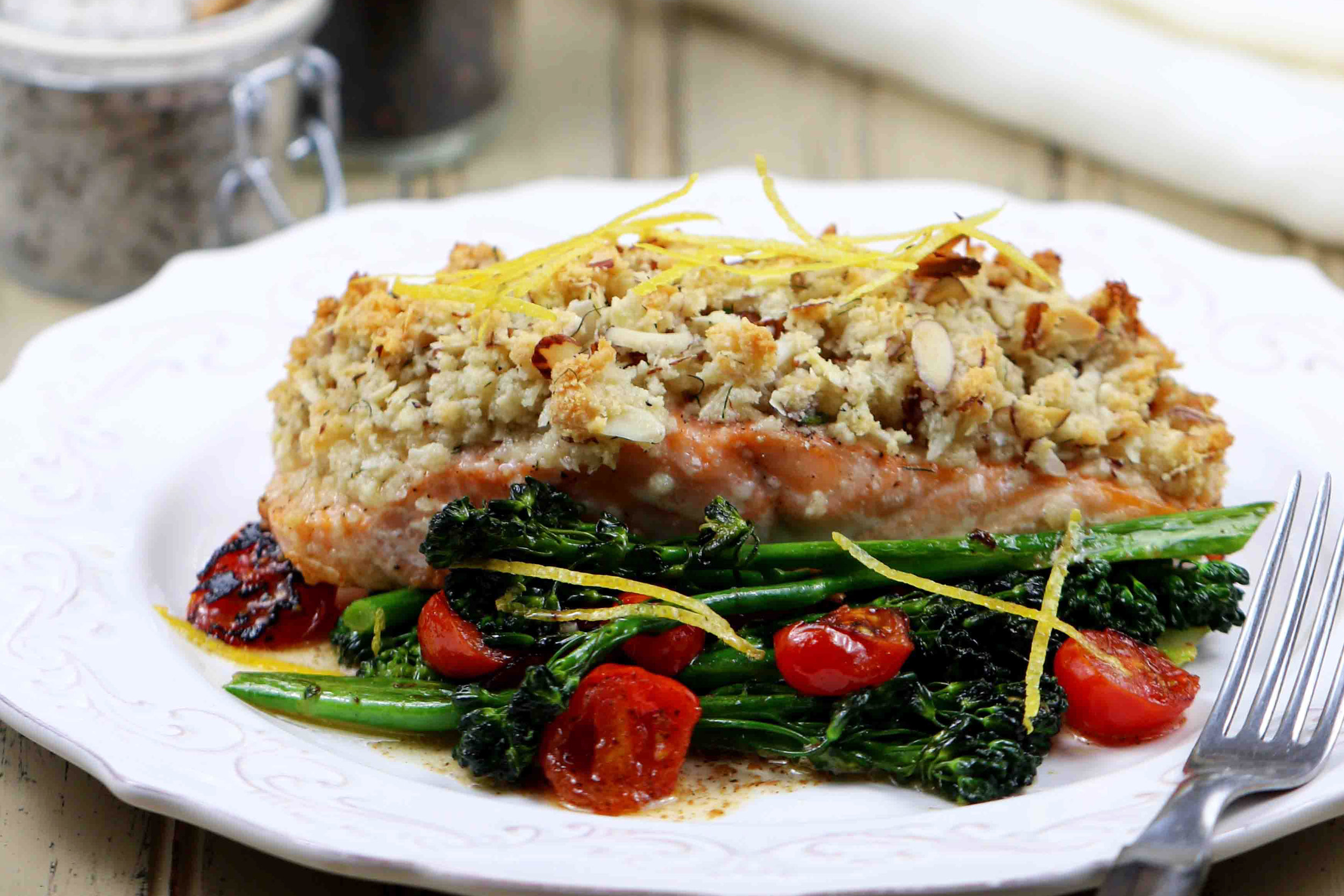 BEST LOW CARB KETO  almond and parmesan crusted baked salmon.jpg