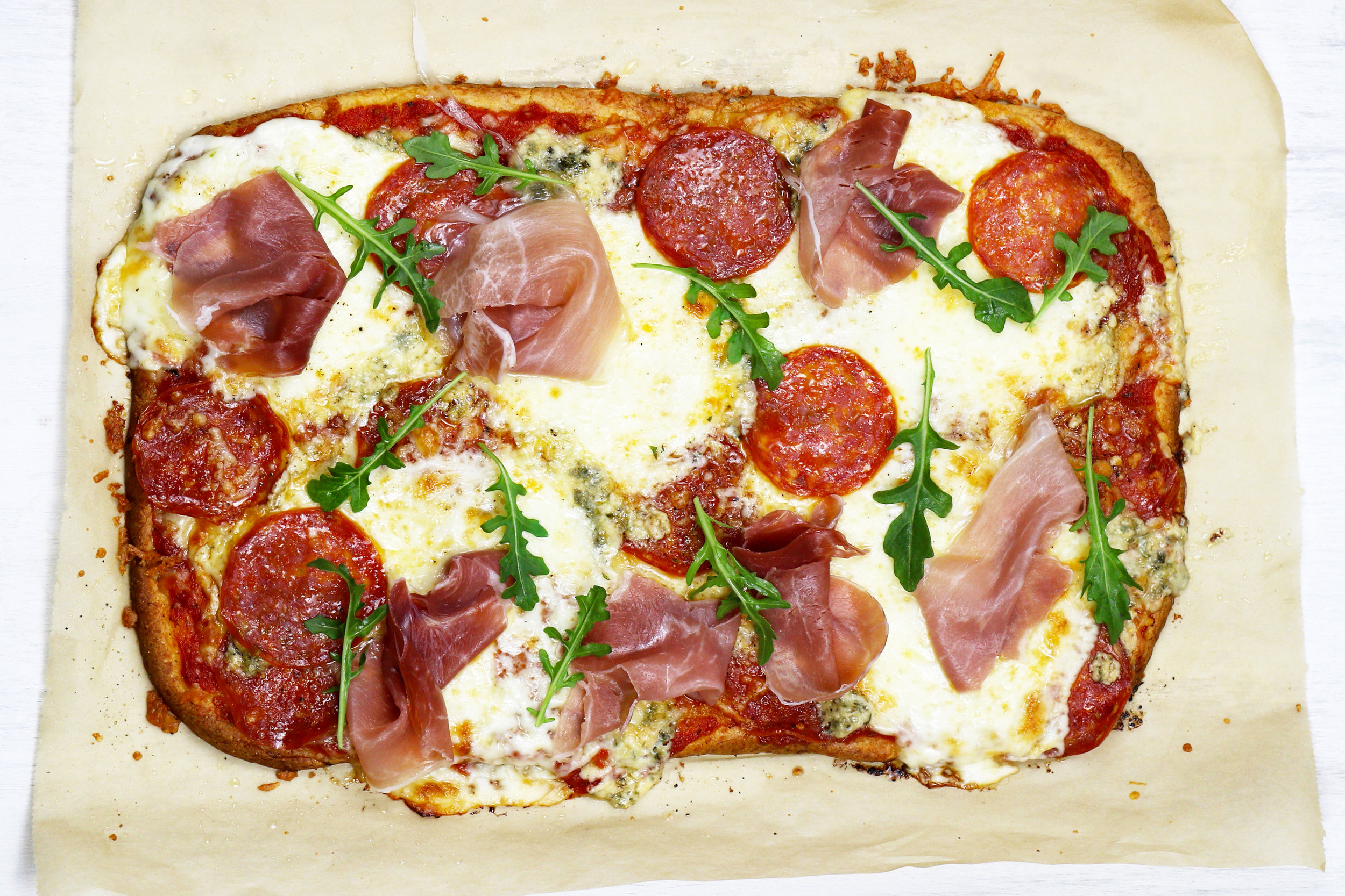 LOW CARB KETO THIN CRUST PIZZA RECIPE.jpg