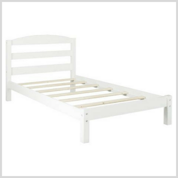 Little Girl Bed 12.png