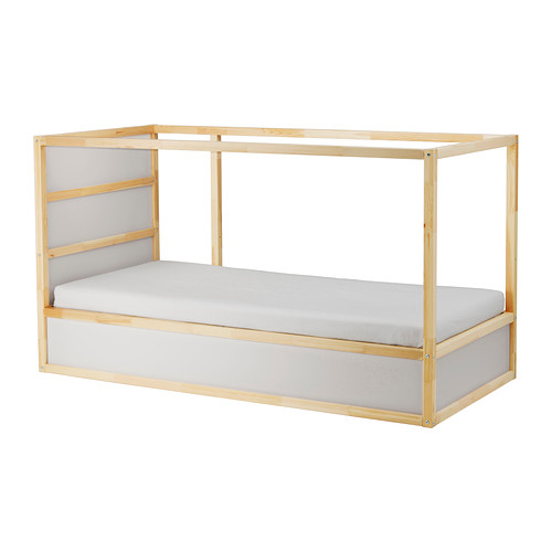 ikea-kura-bed-inspiration-reversible-white-pine-0179752-pe331952-s4.jpg