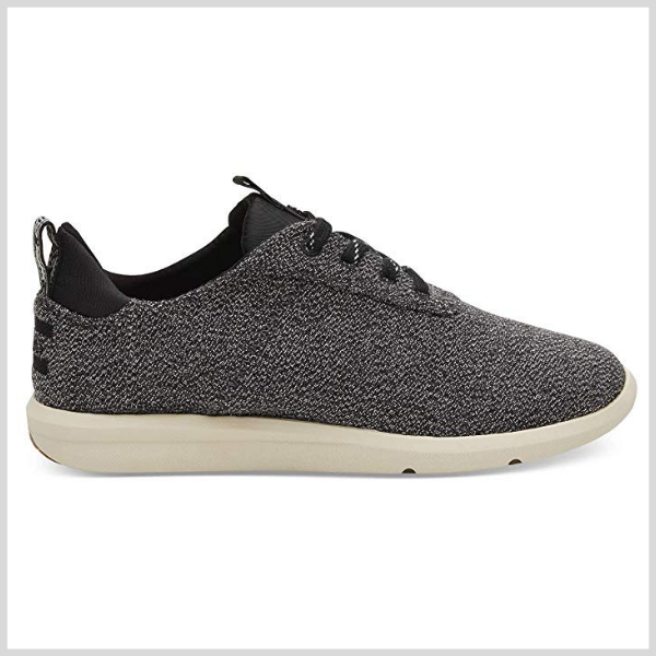 toms tennis shoe.png