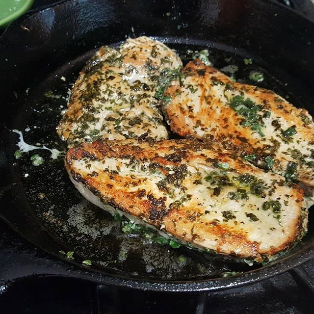 Cast iron cooking, our triple herb chicken also makes a great entree juicy and full of flavor. . . . #castironcooking #tripleherbchicken #chickendinner #chicken #castironskillet #flavorfilled #flavorfulfood #foodpics #foodpost #wholefoods #realfood #healthyliving #herbs #youngstownohio