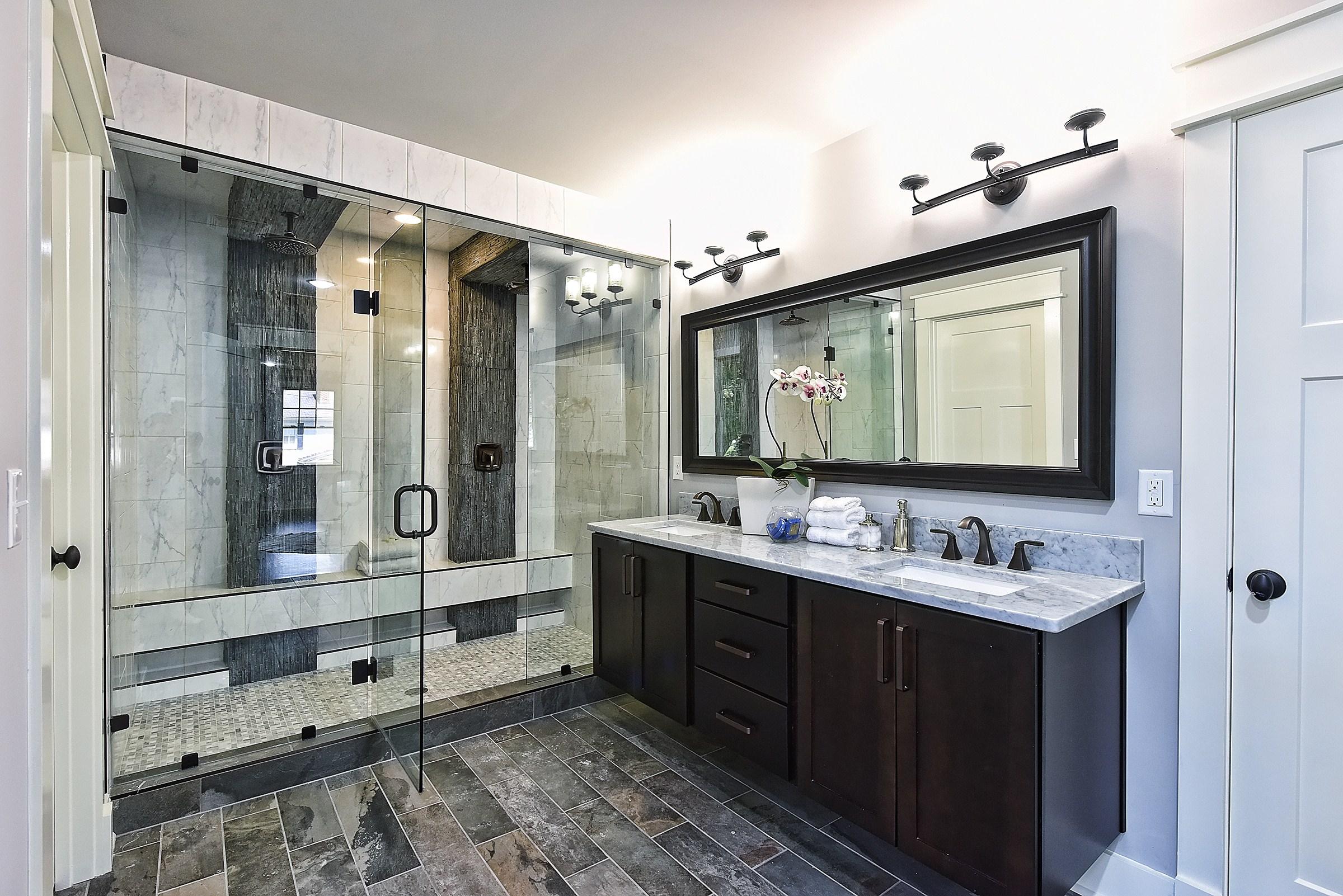 034_Master Bathroom.jpg