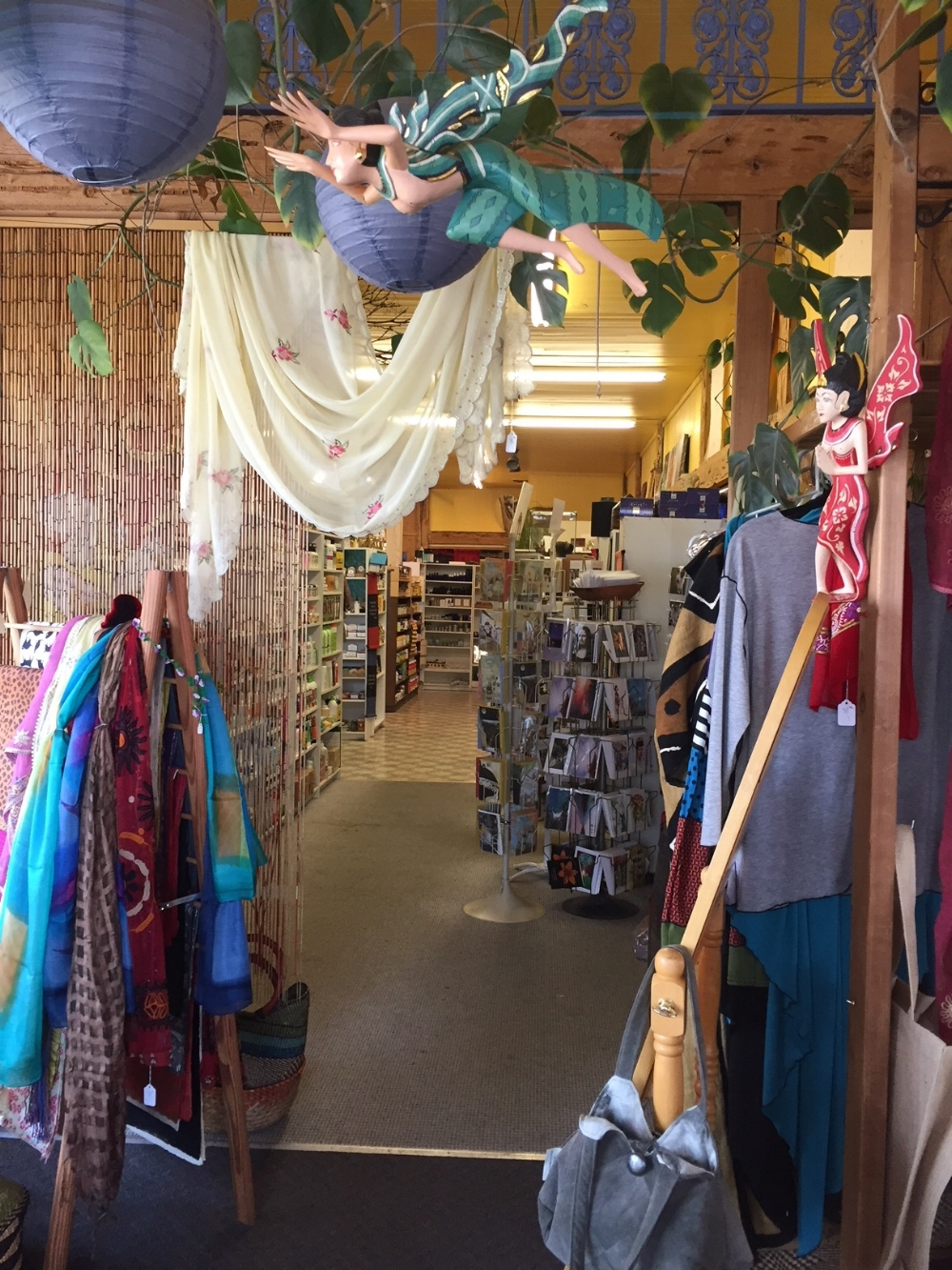 the gift shop area has a lovely selection of cards, scarves, handbags and clothing for all ages.