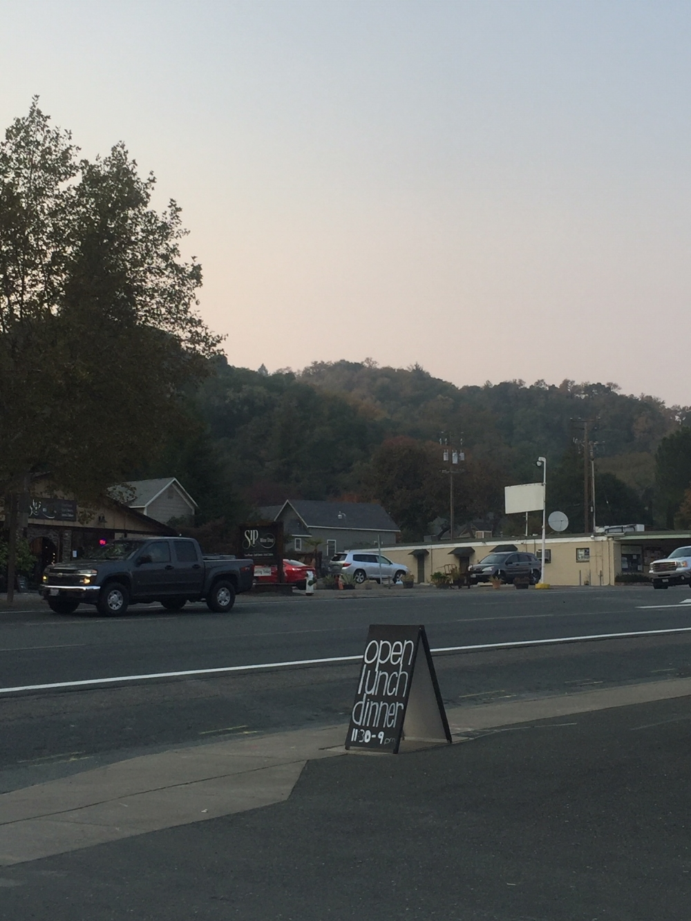 Hopland on a Sunday afternoon - home of the 1st micro-brewery in California